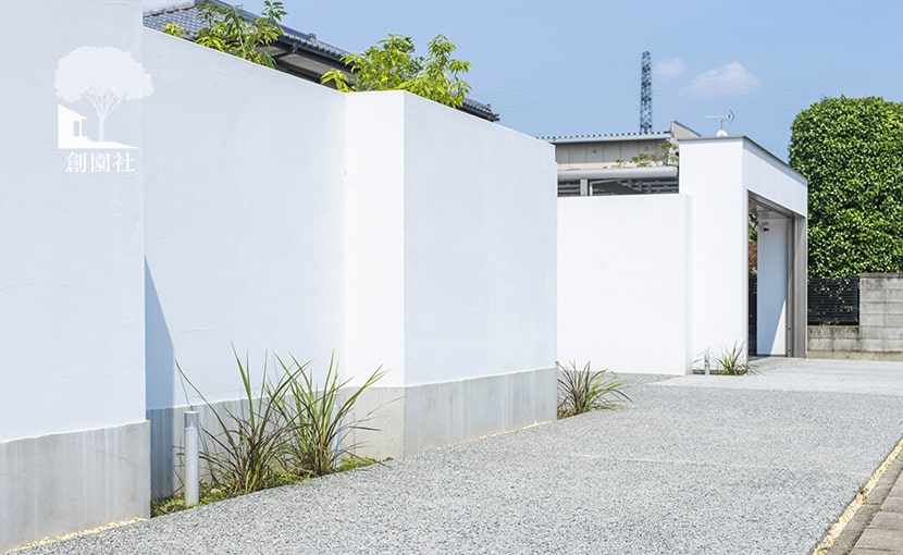 群馬県高崎市 新築外構 駐車場